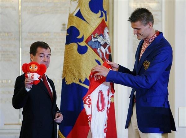 российские олимпийские костюмы